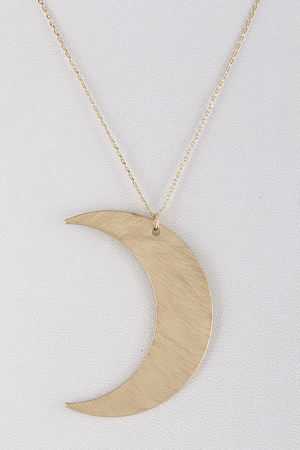 Crescent Moon Statement Necklace 9DBC7