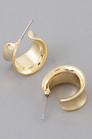 Unique Form Hoop Earrings