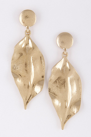 Metallic Leaf Shape Earrings 8BAD7