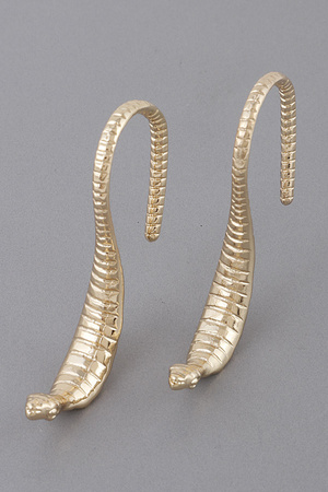 S Curled Cobra Earrings