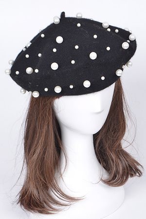Fashionable Hat With Pearl Details