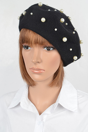 Fashionable Hat With Pearl Details.