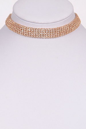 Round Sparkling Choker Necklace.