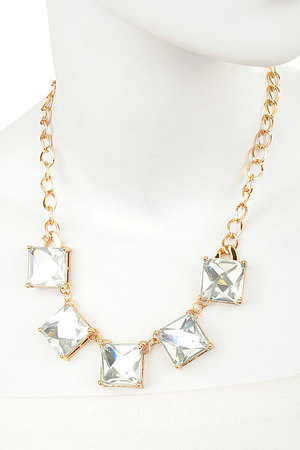 Fair Square Gems necklace set-dab1