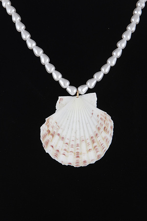 Seashell Necklace 9DAC4