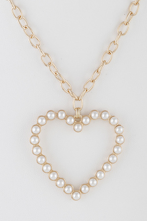 Full Of Pearls Heart Necklace