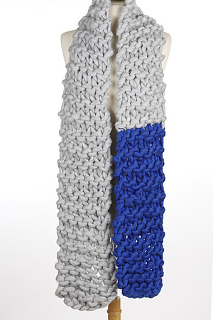 Two Color Soft Yarn Knitted Scarf 5JAG