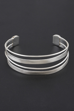 Metal Open Cut Bracelet.