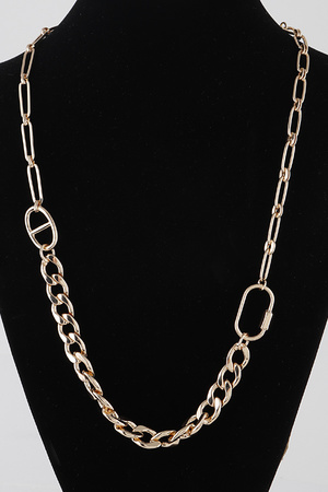 Bulk Chain Toggle Necklace