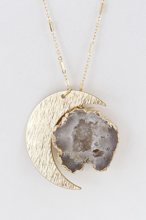 Moon & Lovely Antique Stone Necklace 7HCB4