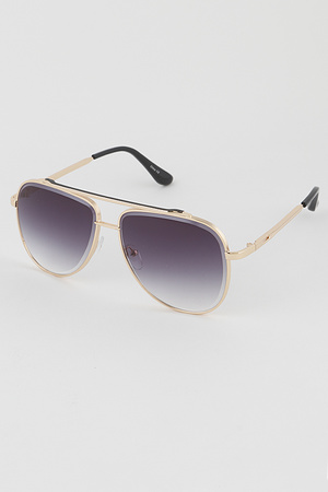 Tinted Gold Rim Aviator Sunglasses