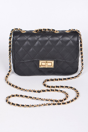 Fashion Time Clutch With Chain Details.