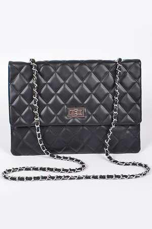 Lady Clutch With Chain Detail.