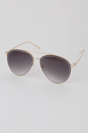 Aviator Sunglasses with Glitter Outlines