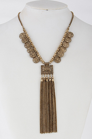Antique Inspired Necklace With Tassel Fringed 6EAG9