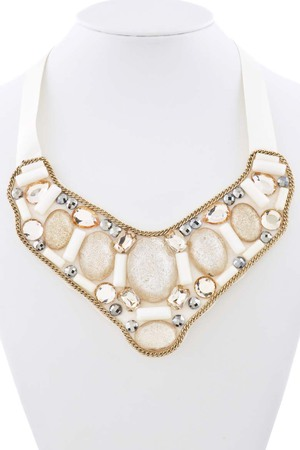 Golden egg bib necklace_3iae5